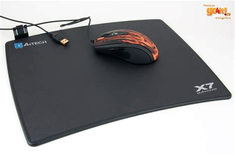 Mouse Pad A4tech A4tech X7 Pachet Pentru Gamerii Cu Buget Redus