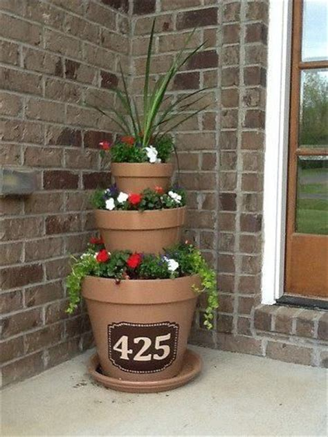 Planter Ideas For Front Of House by Front Porch Planter Craft Ideas