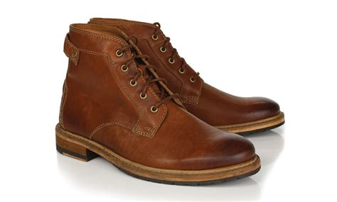 boat shoes uncomfortable the most comfortable men s leather boots clarks clarkdale