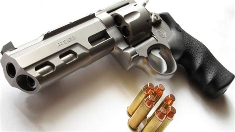 most powerful 10 most powerful handguns on the planet