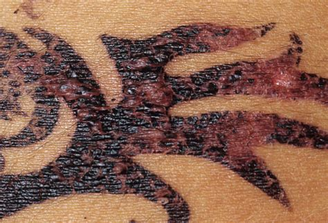 tattoo avoid infection how to avoid a tattoo infection proper aftercare