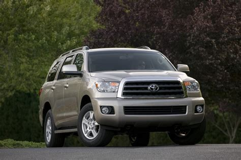 Toyota Sequoia Specs 2011 Toyota Sequoia Photos Price Reviews