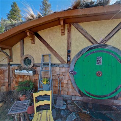 hobbit hole washington hobbit hole washington you can rent this cosy hobbit