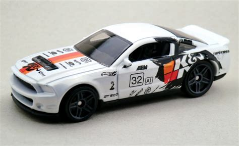 Hotwheels 10 Ford Shelby Gt500 White 2015 10 ford shelby gt500 wheels wiki