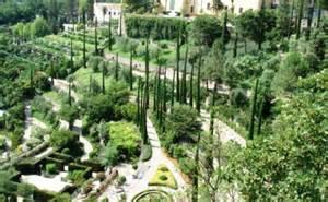 mediterraner garten pflanzen godsriddle info