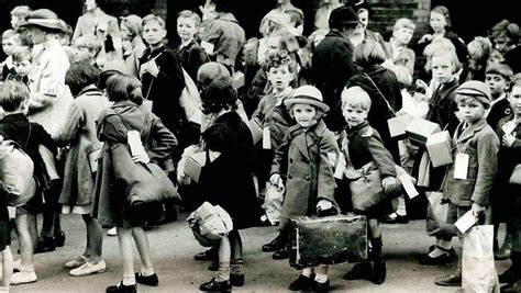 1000 images about worldwar2 evacuees evacuees in ww2