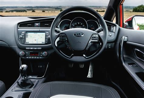 Kia Ceed 1 6 Diesel Review Drive Review 2016 Kia Cee D 1 6 Crdi