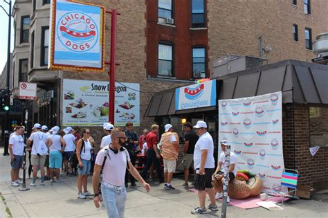 chicago dogs baseball 1 dogs at wiener s circle this evening thanks to chicago dogs baseball lincoln