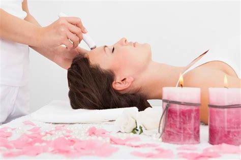 Setrika Wajah Di Klinik Kecantikan perawatan wajah yang bisa anda dapatkan di klinik