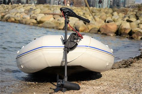 electric boat motor reviews 5 best electric trolling motors for boats in 2018