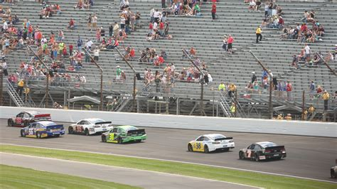 does indianapolis motor speedway have lights brickyard 400 s attendance issues mirror those of nascar