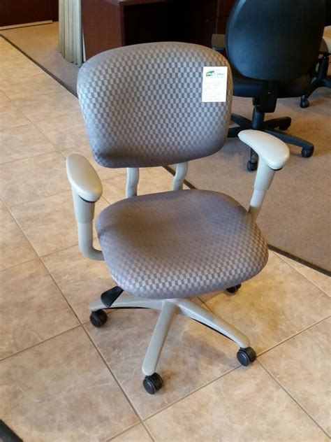Used Desk Chairs - haworth improv he s office furniture