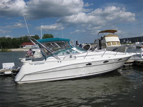 boat loans green bay wi 1992 cruisers yachts 3070 rogue power boat for sale www