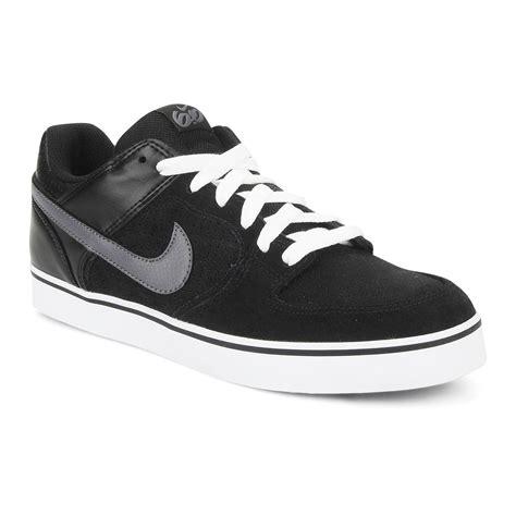 Nike 6 0 Black nike 6 0 nike 6 0 melee black dk grey w snowboard zezula