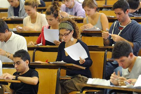 studiare a pavia test ammissione i punteggi minimi per accedere in