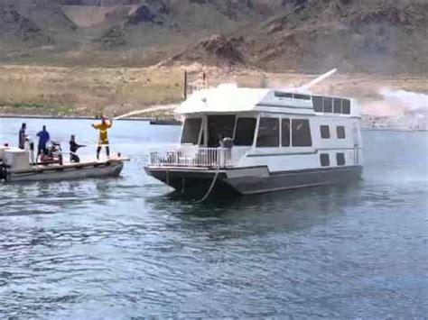 houseboat fire houseboat fire lake mead youtube