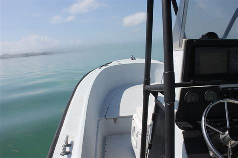 bow boat rental boat for rent in marathon fl keys 24 boston whaler