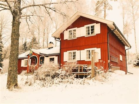 einsame hütte am see mieten einsame schwedenvilla am see boot ferienhaus in