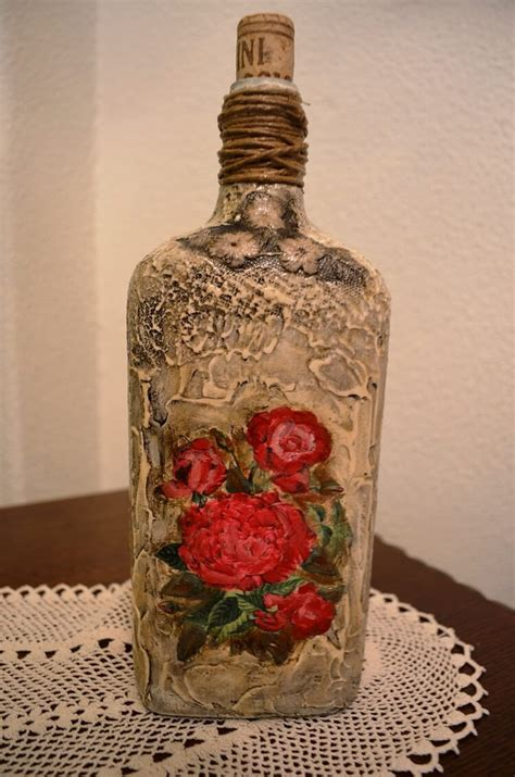 Decoupage Glass - how to decoupage on glass bottle with pizzi goffre