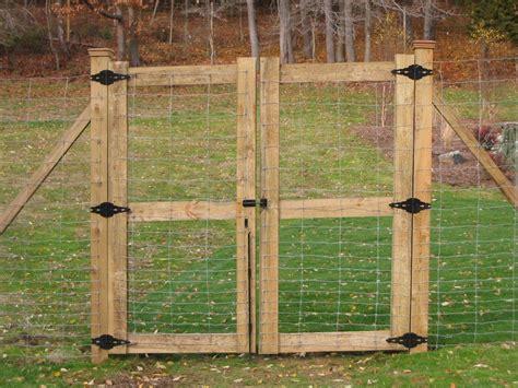 Deer Fence Door - wood gate yard and garden deer fence fence