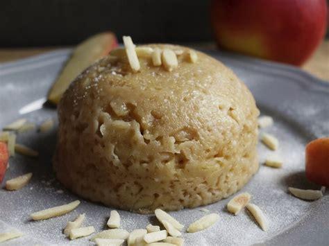 kuchen mit dinkelmehl mikrowellen kuchen gedrehter dinkel apfel kuchen