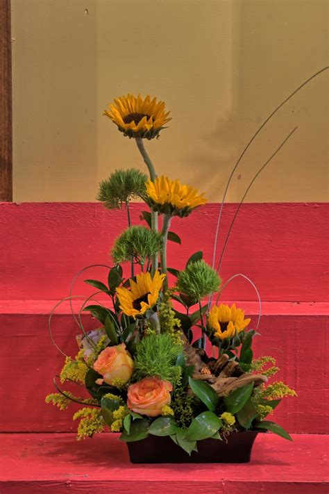 beautiful arrangement beautiful sunflower arrangement flower arrangements