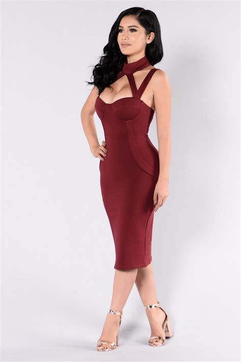 Glr Gn Coat Dress Quenn Maroon evil dress burgundy