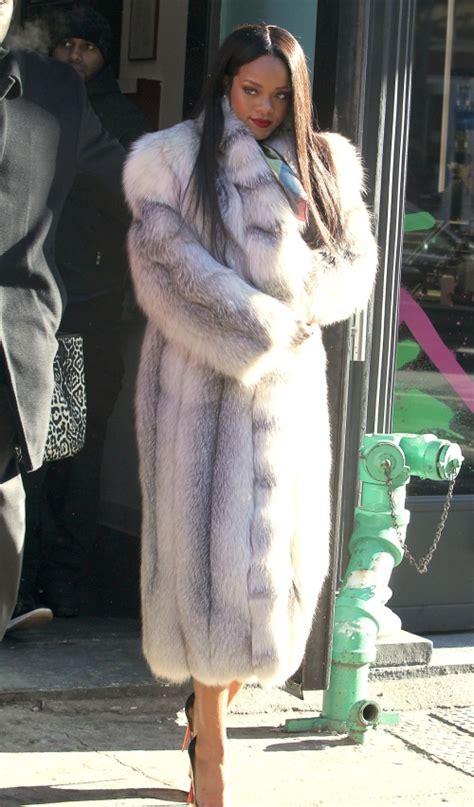 Care Top By Griya Moda top vedete care poartă haine de blană flash news