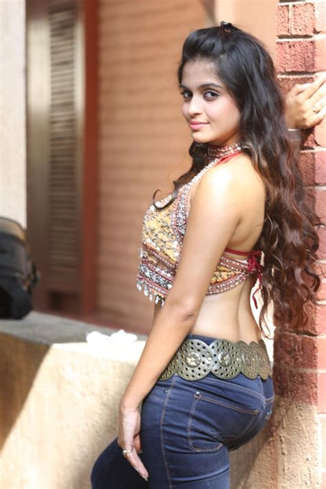 hollywood actresses in tight jeans picture 660912 actress sheena shahabadi hot tight jeans