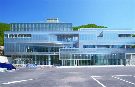 shinslab iisac envisions light of life church surrounded