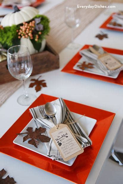 Indian And Pilgrim Photo Place Cards And Napkin Ring Template by Printable Thanksgiving Place Cards And Napkin Treatment