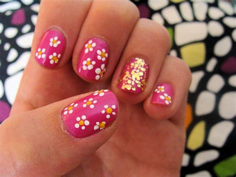 flower nail design 19 best and easy flower nail art designs latest nail art