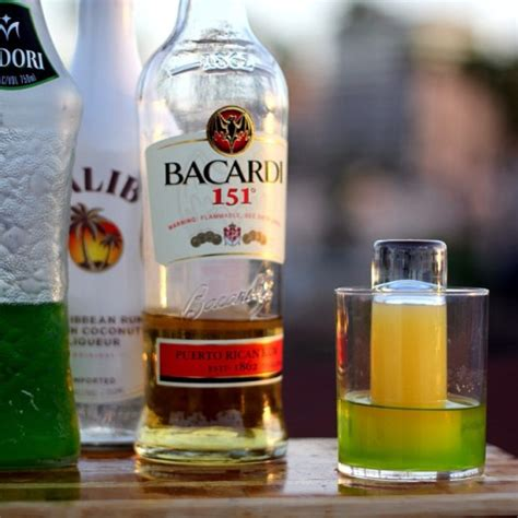 southern comfort chaser pineapple bomb recipe