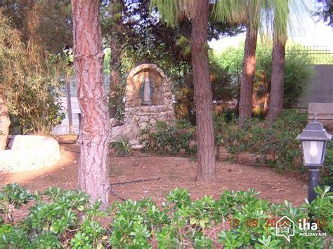 giardino avola villa in affitto in una strada privata a avola iha 21118