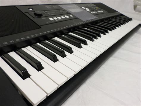 Keyboard Yamaha E333 yamaha psr e333 series 61 key portable instruments