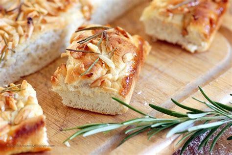 mandel honig kuchen mandel honig kuchen mit rosmarin almond honey cake with