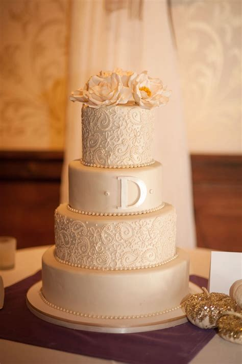 Wedding Cake With Pictures On It by Fondant Wedding Cake Ivory Wedding Cake Lace Piping