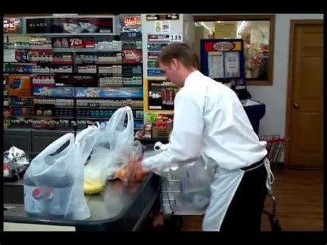 norfolk grocery bagger headed to national competition
