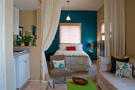 5 smart studio apartment layouts apartment therapy need pictures of one room apartment interior home design