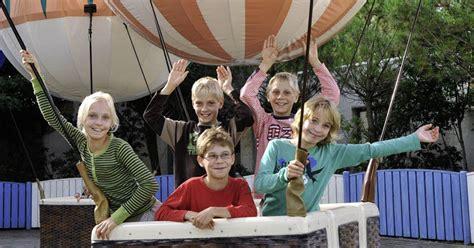die entdeckung europas 1 familie 2 schulpflichtige kinder 11 monate reisezeit 1 kontinent german edition books blick in den park rust badische zeitung