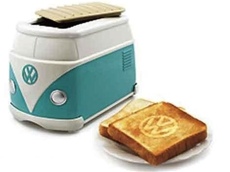 Vw Toaster adorable volkswagen minibus toaster burns vw logo on bread designtaxi