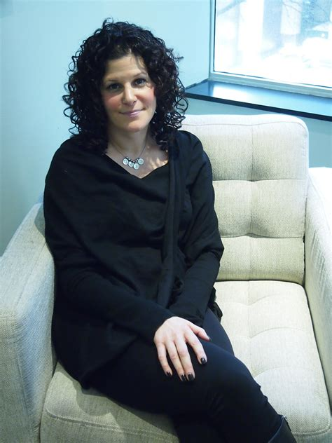 therapy chicago meet aviva chicago reproductive therapist and counselor with panache