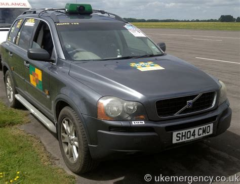 Doctors Car Insurance by Sh04 Cmo Volvo Xc90 Doctor S Car Uk Emergency Vehicles