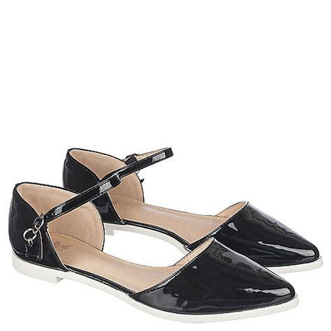 shiekh julique 1 s black low heel dress shoe