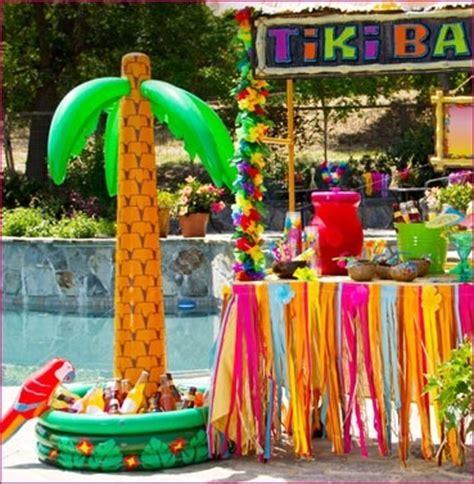 tropical theme decor decoraci 243 n de tiki bar con palmeras hinchables