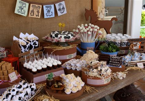 cowboy themed frosting western cowboy ideas inspiration