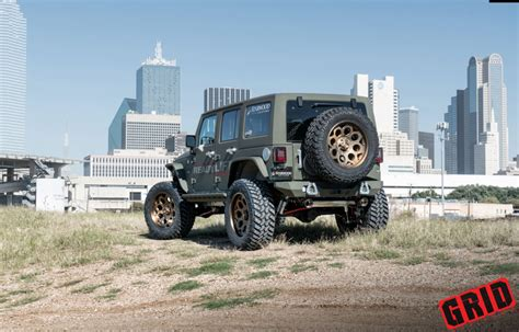 jeep road wheels jeep wrangler jk on grid road wheels