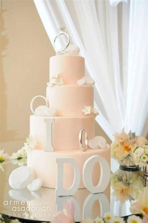 Wedding Cake Lights by Beautiful Light Pink Wedding Cake Wedding Cakes