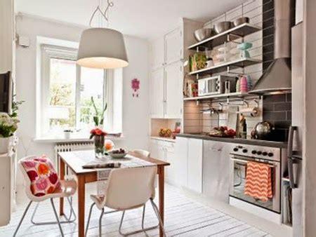 es tendencia en decoracion cocinas  estantes abiertos