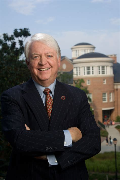 tom jackson athens ga uga president adams announces plans to step down next year